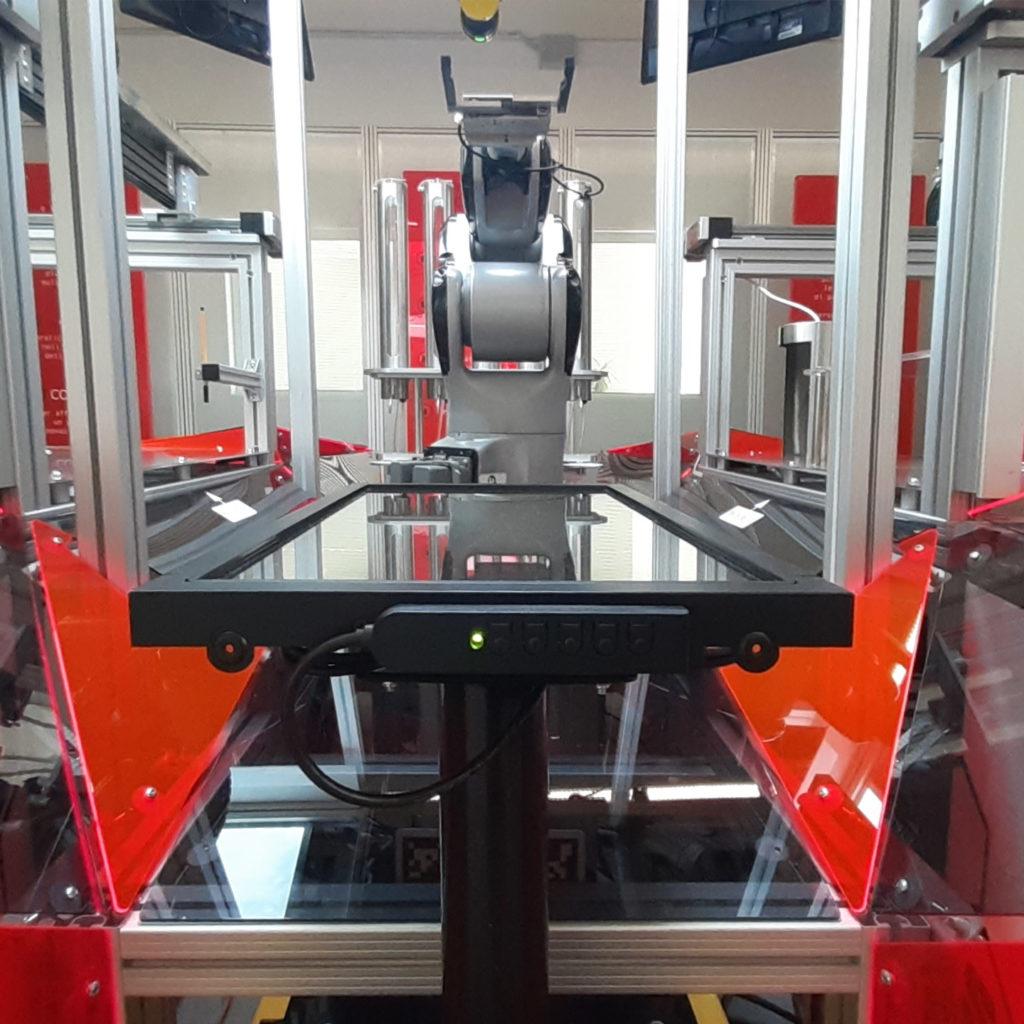 AgiLAB CAM-Robot and Jobot AGV