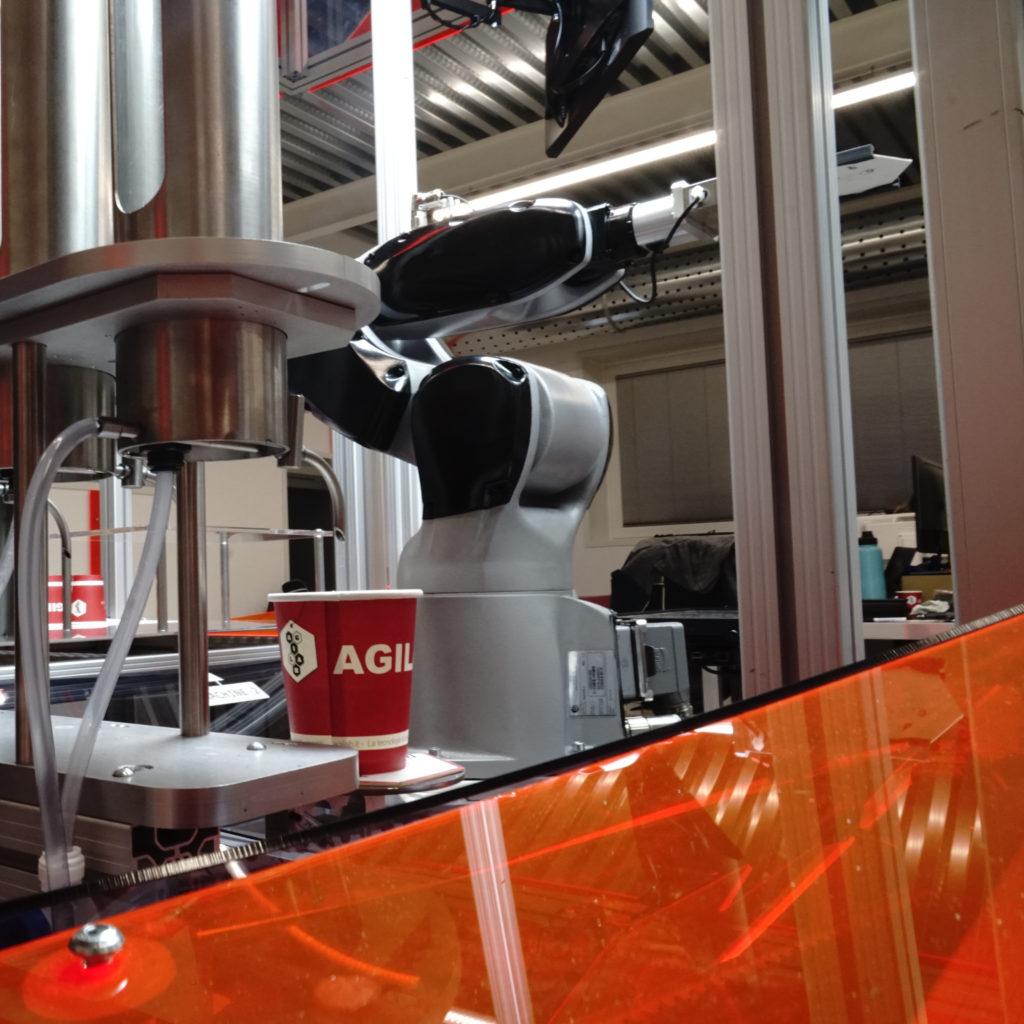 AgiLAB CAM-Robot